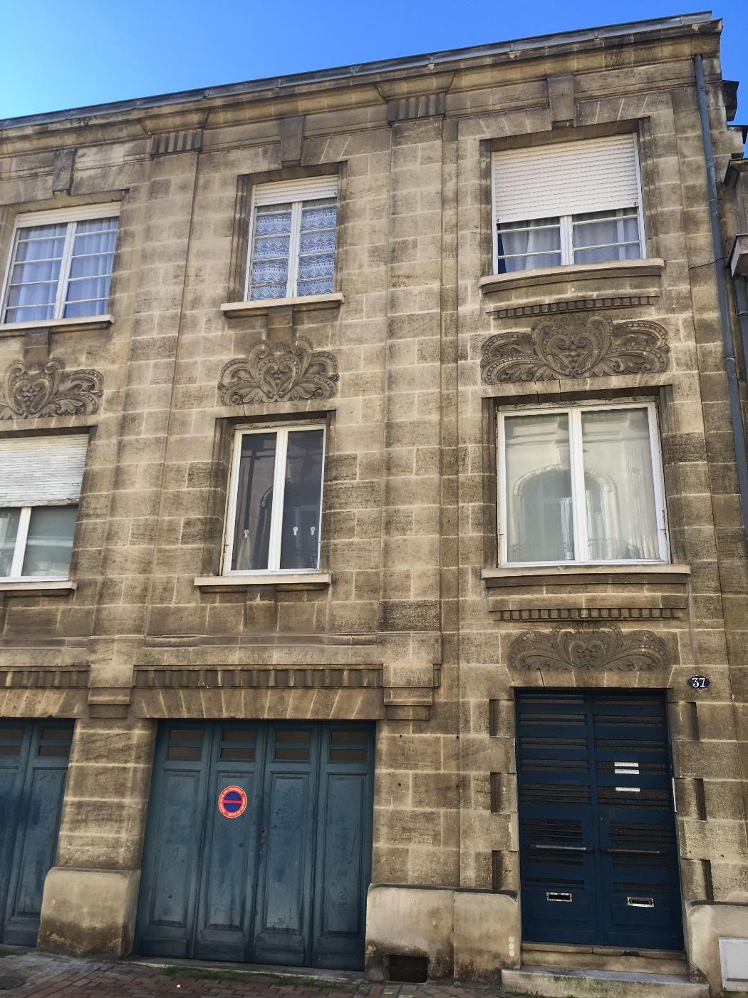 Location a louer t2 barri re de pessac for Appartement t2 bordeaux a louer
